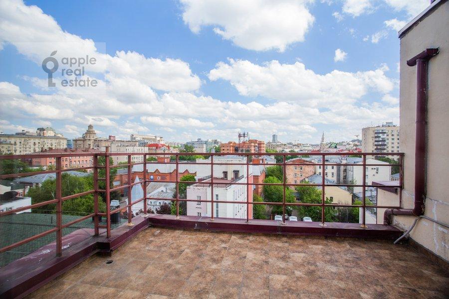 Balcony / Terrace / Loggia of the 6-room apartment at Trubnaya ulitsa 23K2