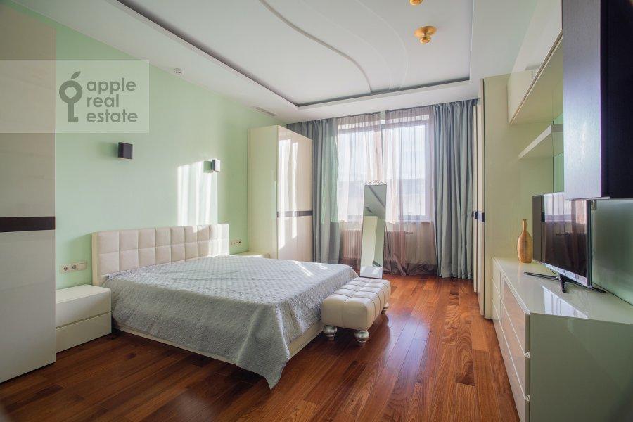Bedroom of the 3-room apartment at Kazarmennyy pereulok 3
