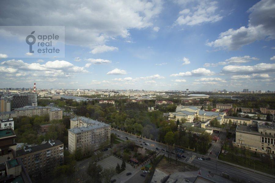 5-room apartment at Mosfil'movskaya ulitsa 8