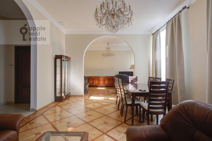 4-комнатная квартира по адресу Петровский переулок 5С7