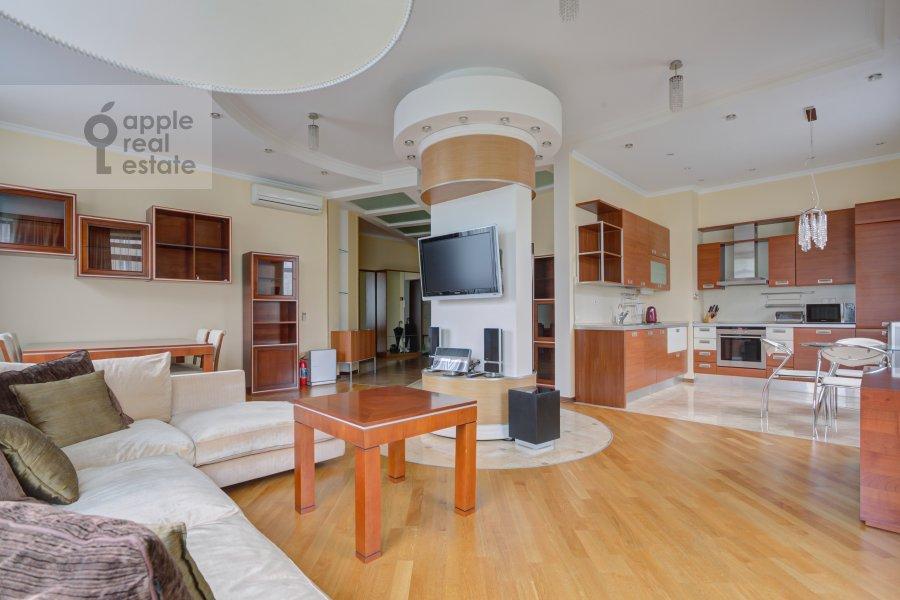 Кухня в 3-комнатной квартире по адресу Пырьева 2