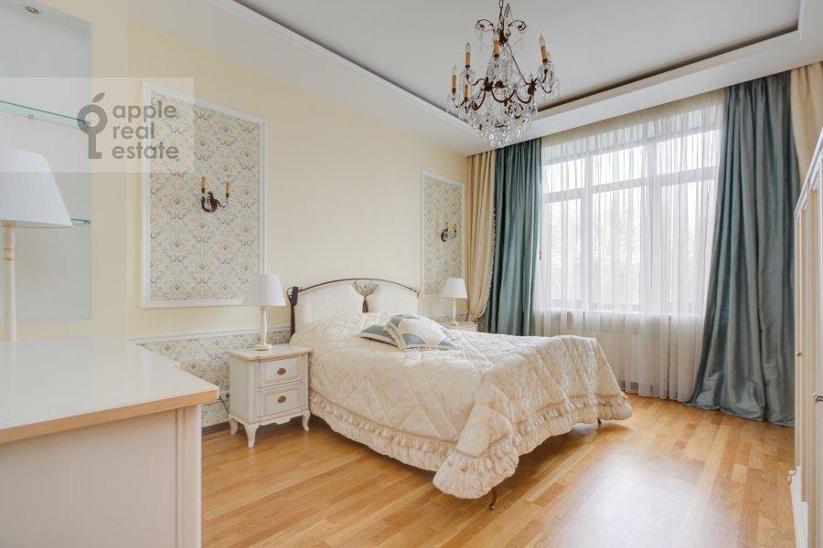 Спальня в 3-комнатной квартире по адресу Пырьева 2