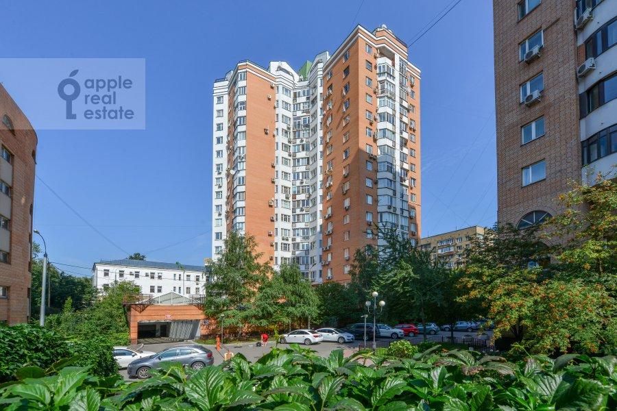 Фото дома 4-комнатной квартиры по адресу Зоологическая улица 30С2