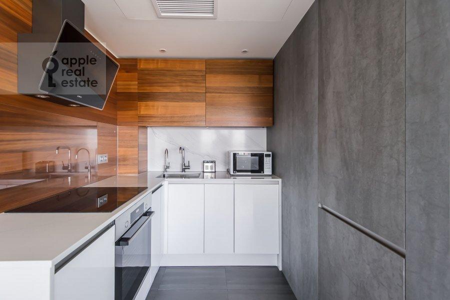 Кухня в 2-комнатной квартире по адресу Новый Арбат 15