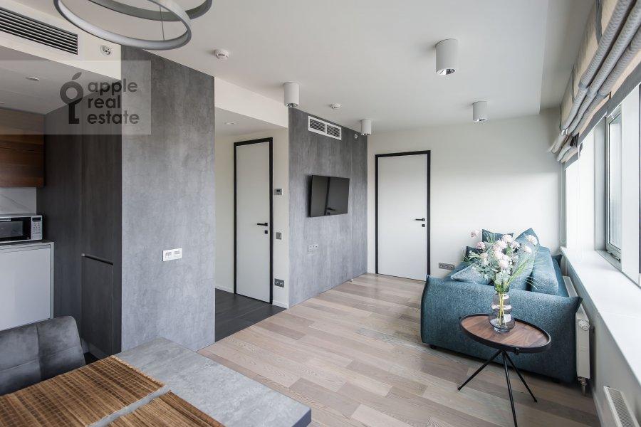 Гостиная в 2-комнатной квартире по адресу Новый Арбат 15