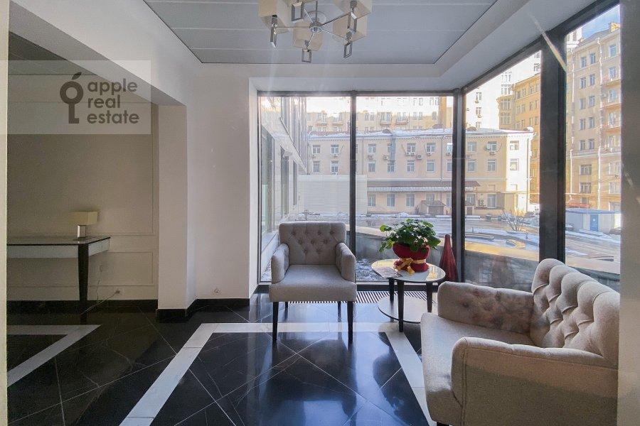 Фото дома 3-комнатной квартиры по адресу Большая Садовая улица 5к1