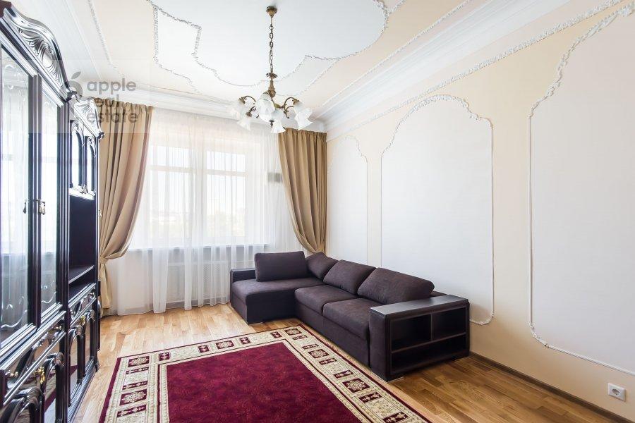 Гостиная в 3-комнатной квартире по адресу Новорязанская улица 30