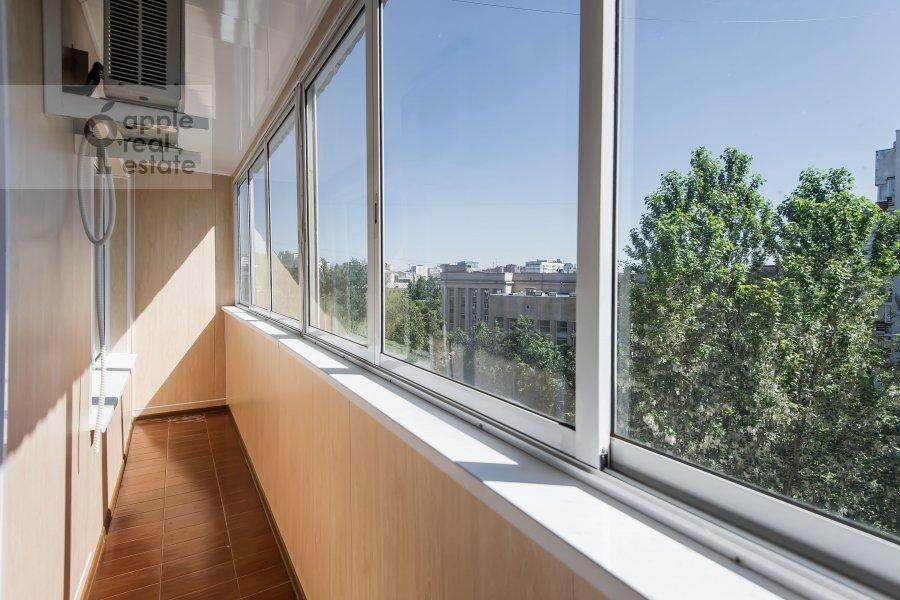 Балкон / Терраса / Лоджия в 3-комнатной квартире по адресу Новорязанская улица 30