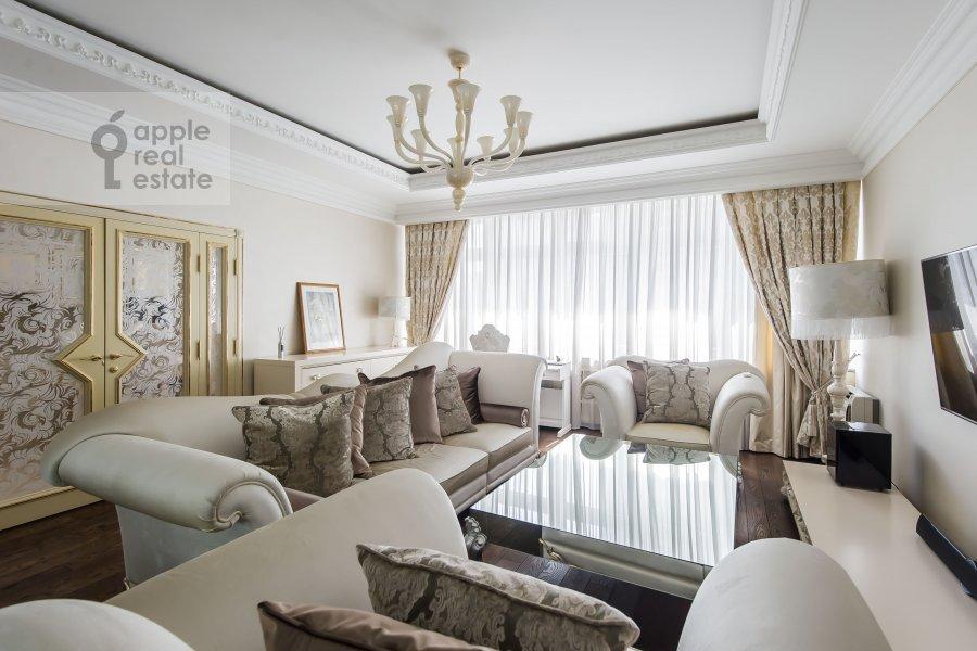 Гостиная в 2-комнатной квартире по адресу Ленинский проспект 114