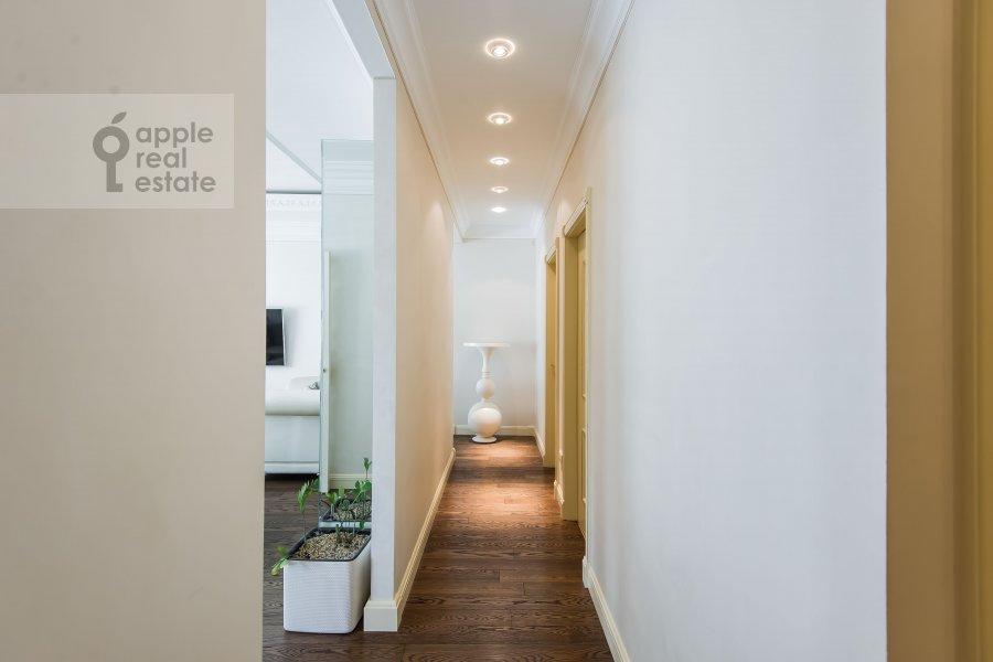 Коридор в 2-комнатной квартире по адресу Ленинский проспект 114