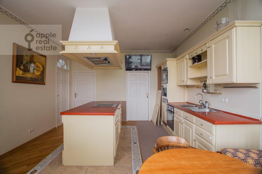 Kitchen of the 4-room apartment at Minskaya ulitsa 1B