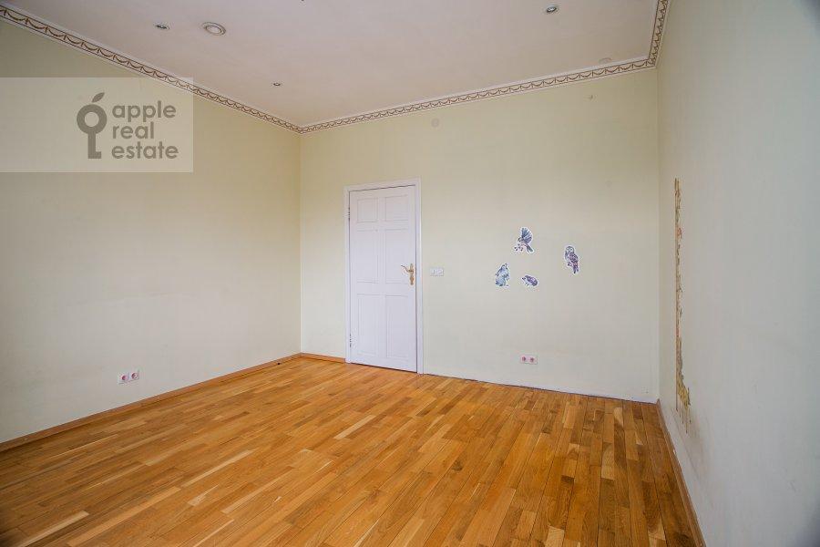 Children's room / Cabinet of the 4-room apartment at Minskaya ulitsa 1B