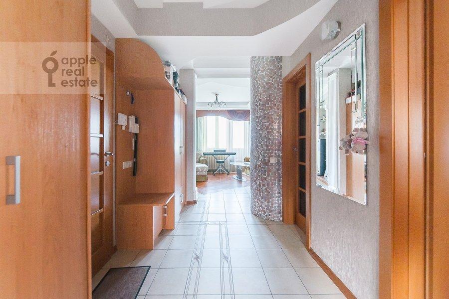 Коридор в 3-комнатной квартире по адресу Чистопрудный бульвар 12К2