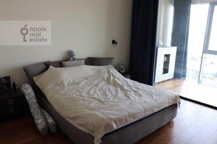 Bedroom of the 3-room apartment at Tsvetnoy bul'var 2