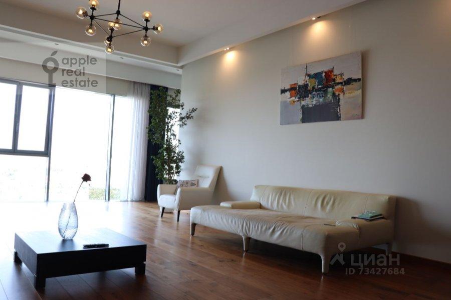 Living room of the 3-room apartment at Tsvetnoy bul'var 2