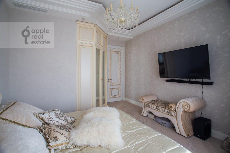 Спальня в 4-комнатной квартире по адресу Сосновая аллея 1