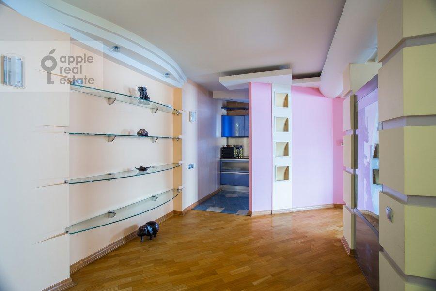 Kitchen of the 5-room apartment at Zoologicheskaya ulitsa 28S2