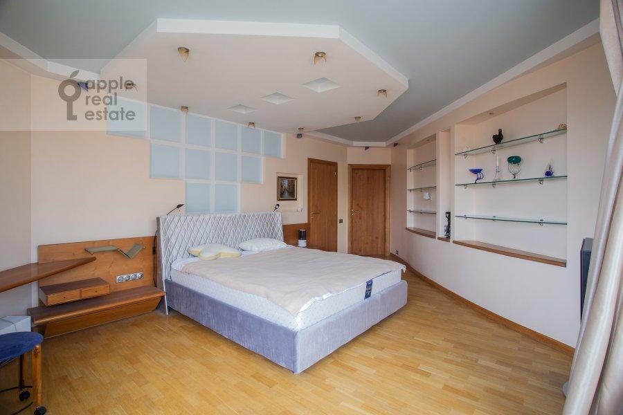 Bedroom of the 5-room apartment at Zoologicheskaya ulitsa 28S2
