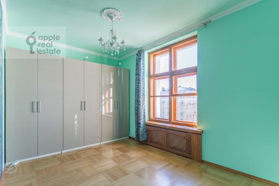 Спальня в 4-комнатной квартире по адресу Народная 13