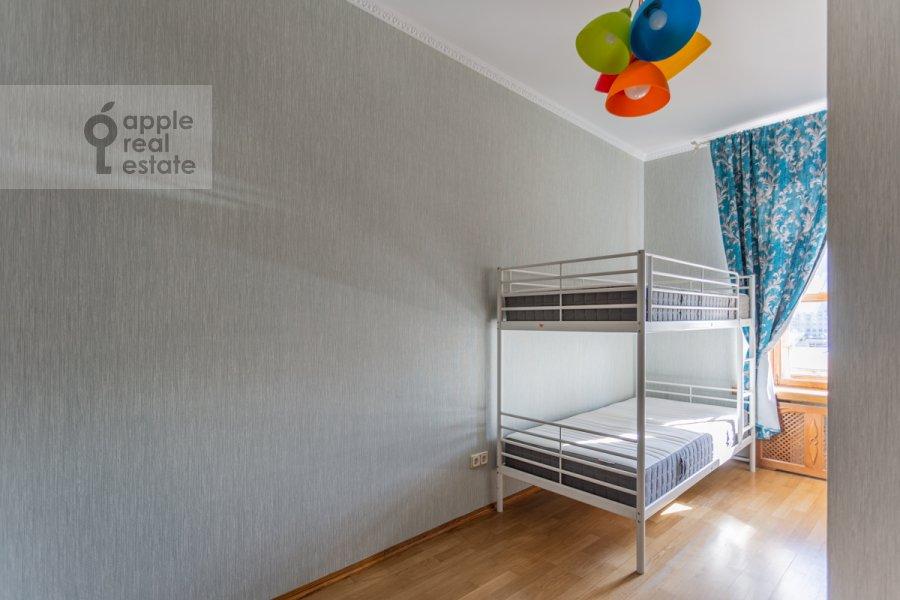 Детская комната / Кабинет в 4-комнатной квартире по адресу Народная 13