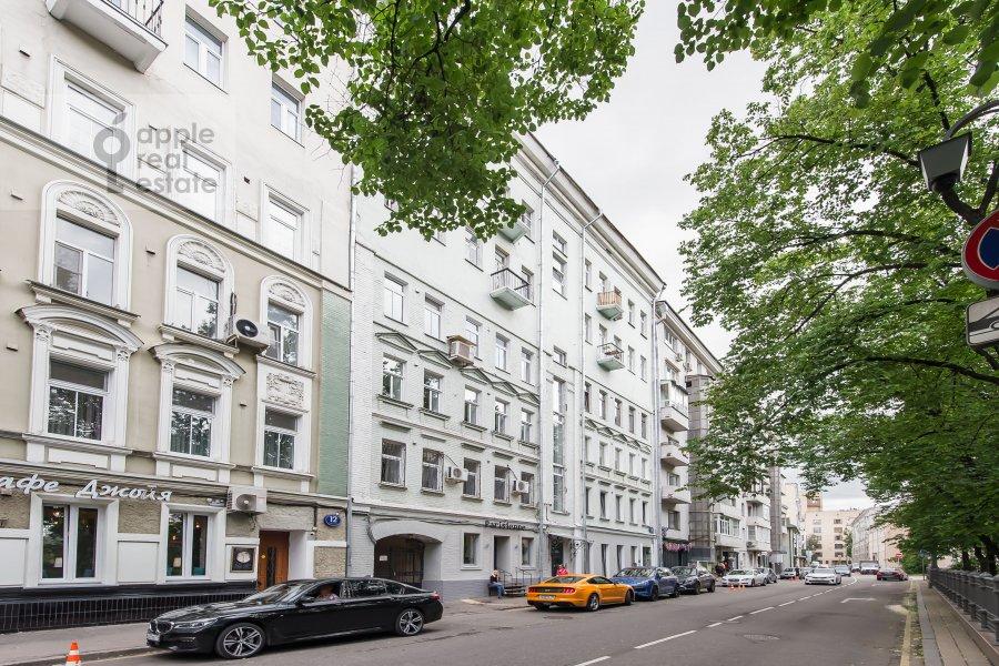 Photo of the house of the 3-room apartment at Bol'shoy Patriarshiy pereulok 10