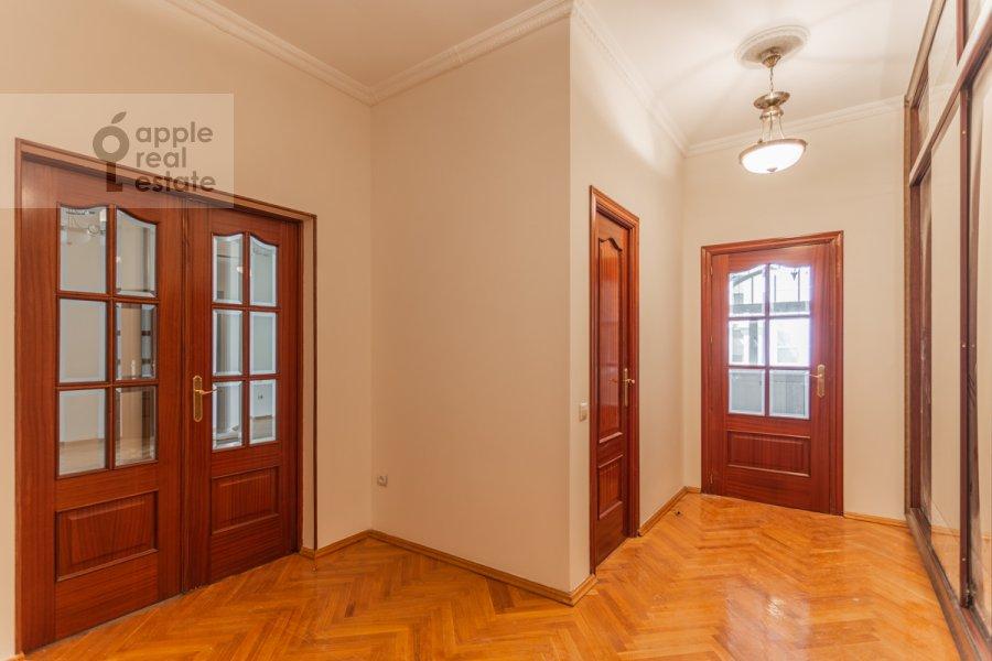 Corridor of the 3-room apartment at Golikovskiy pereulok 5