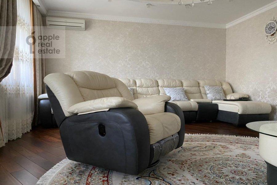 Living room of the 3-room apartment at Lomonosovskiy prospekt 25K3