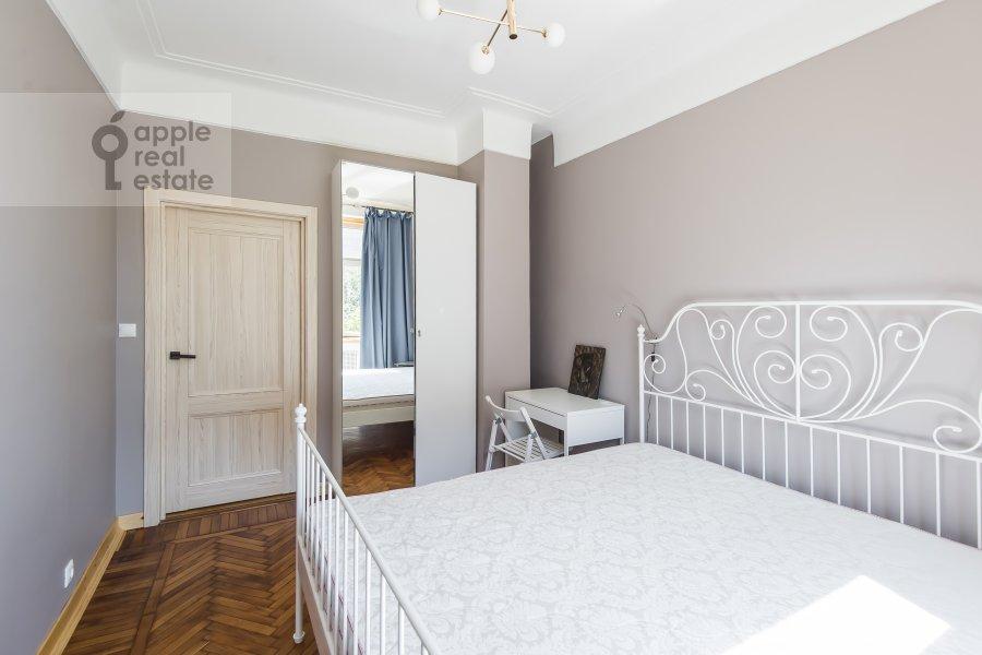 Спальня в 5-комнатной квартире по адресу Мансуровский переулок 6