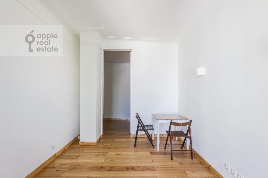 Гостиная в 5-комнатной квартире по адресу Мансуровский переулок 6