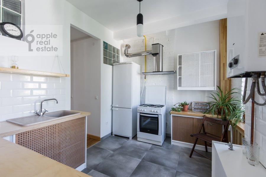 Кухня в 5-комнатной квартире по адресу Мансуровский переулок 6