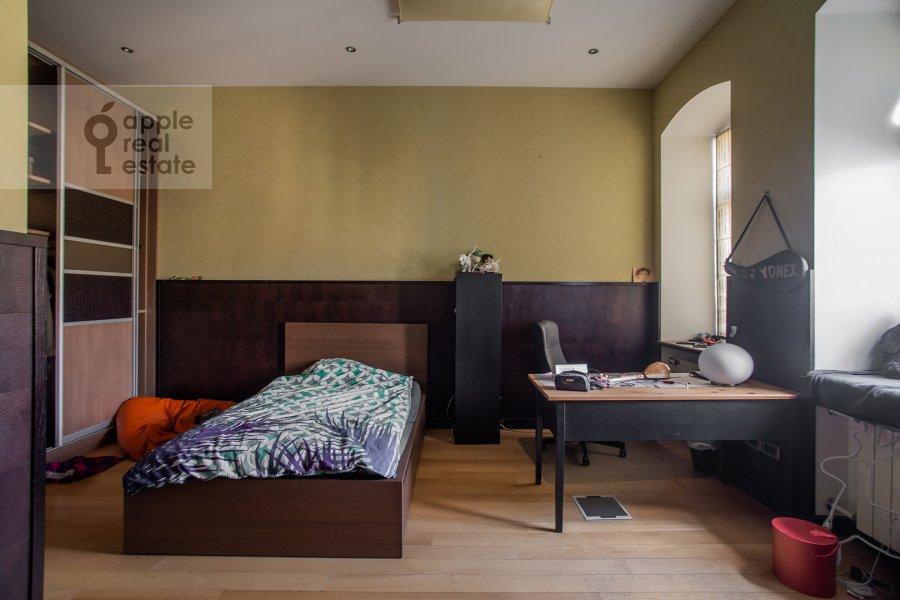 Детская комната / Кабинет в 5-комнатной квартире по адресу Покровка 42с6