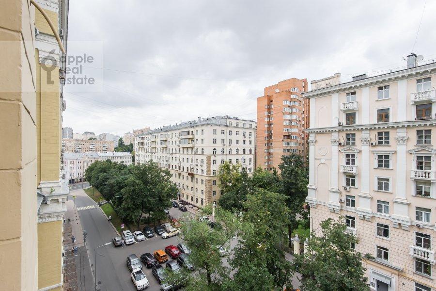 View from the window of the 3-room apartment at Krasnokholmskaya naberezhnaya 1/15