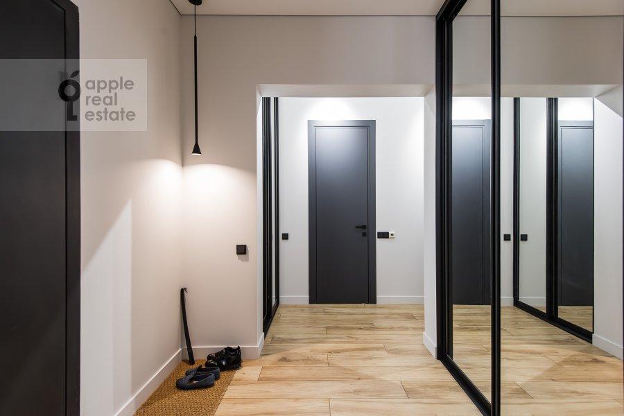 Corridor of the 3-room apartment at Khodynskaya ulitsa 2