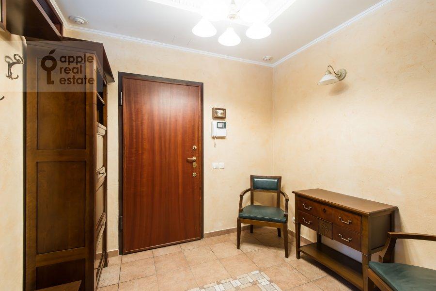 Corridor of the 3-room apartment at Trubnikovskiy pereulok 13S1