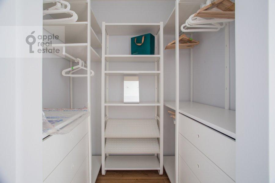 Walk-in closet / Laundry room / Storage room of the 2-room apartment at Bumazhnyy proezd 4