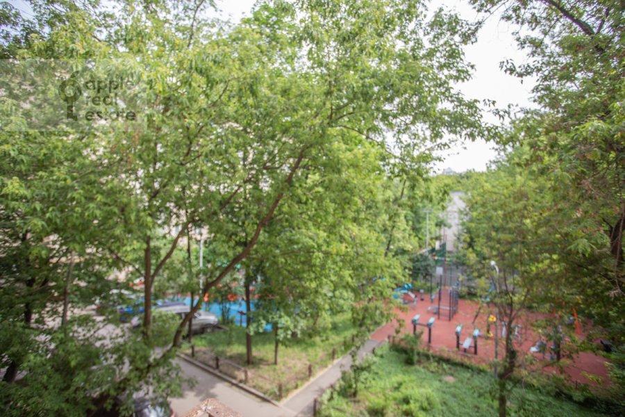 Вид из окна в квартире-студии по адресу Красная Пресня 11