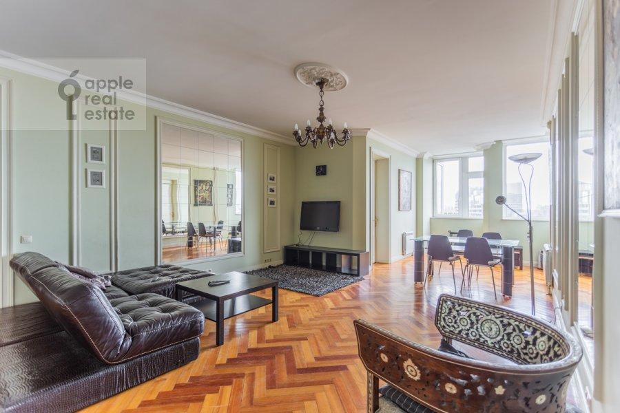 Гостиная в 3-комнатной квартире по адресу Нахимовский проспект 56