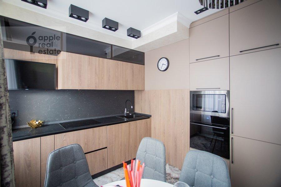 Кухня в 3-комнатной квартире по адресу улица Золоторожский Вал 8