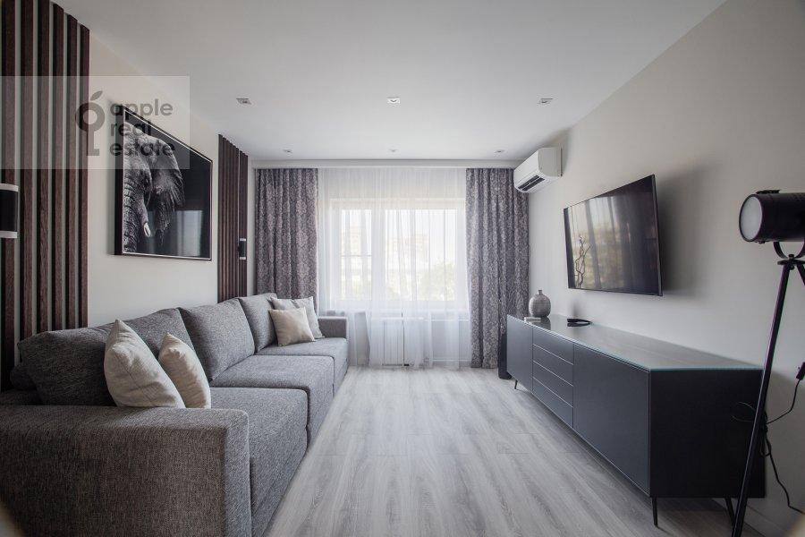 Гостиная в 4-комнатной квартире по адресу Большая Грузинская улица 39