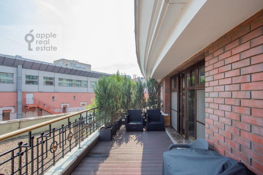 Балкон / Терраса / Лоджия в 3-комнатной квартире по адресу Большая Якиманка 22К3