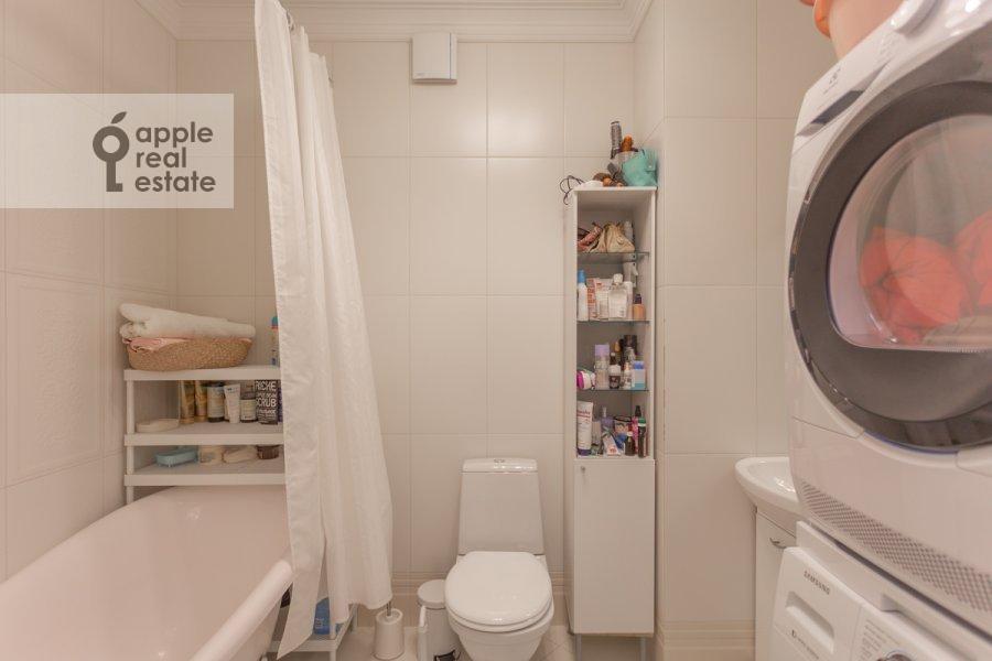 Санузел в 3-комнатной квартире по адресу Хорошевское шоссе 12к1