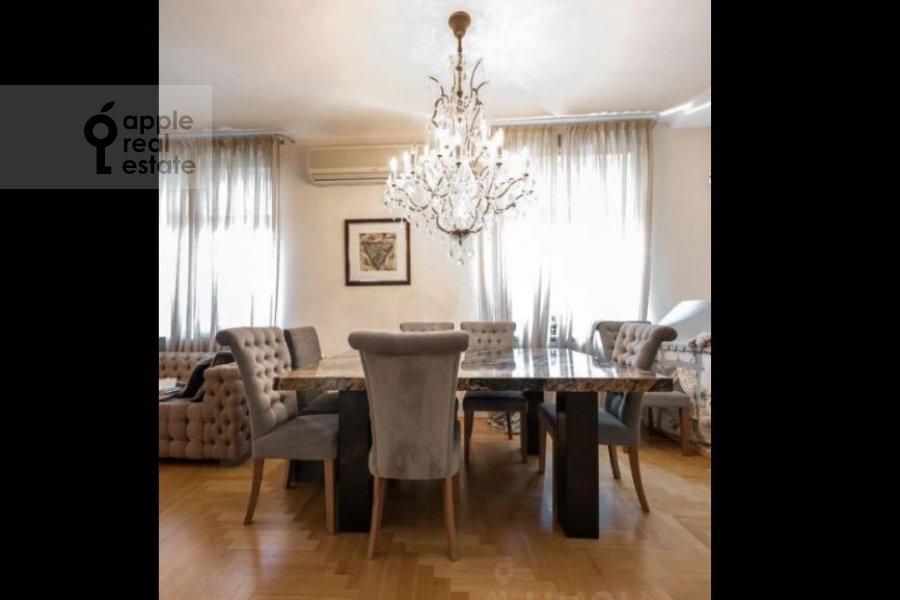 Кухня в 5-комнатной квартире по адресу Минская улица 1А