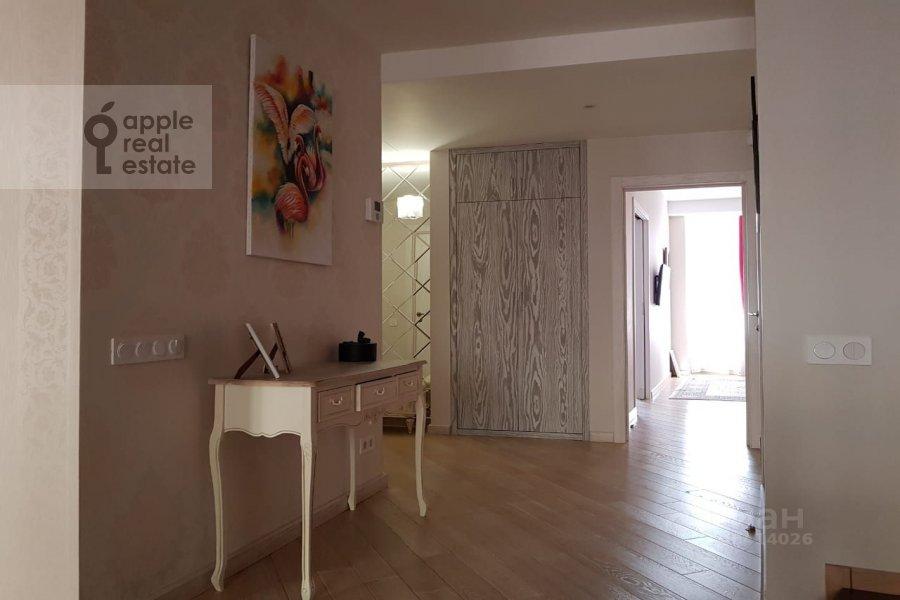 Corridor of the 4-room apartment at ulitsa Marshala Rybalko 2k6