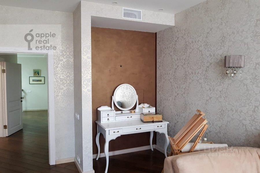 Bedroom of the 4-room apartment at ulitsa Marshala Rybalko 2k6