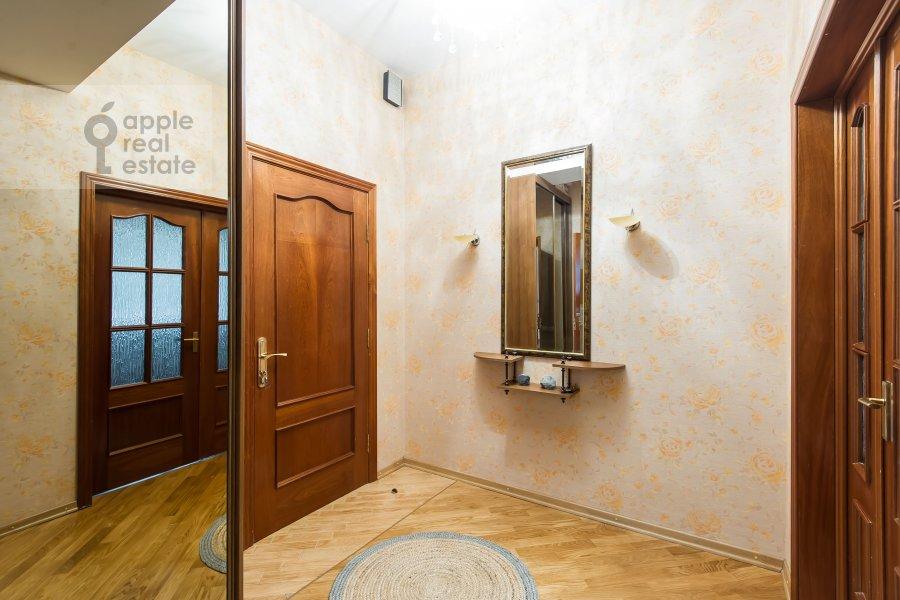 Corridor of the 1-room apartment at 1-y Smolenskiy pereulok 9s1