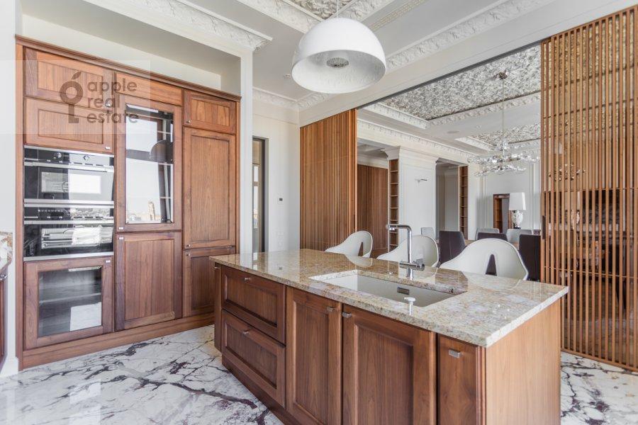 Kitchen of the 4-room apartment at Prechistenka 13
