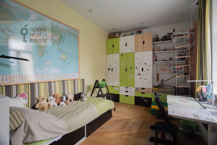 Children's room / Cabinet of the 3-room apartment at Bol'shoy Tishinskiy pereulok 26k13-14