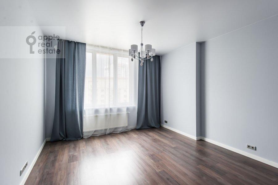 Living room of the 2-room apartment at Mosfil'movskaya ulitsa 88 k2 s5