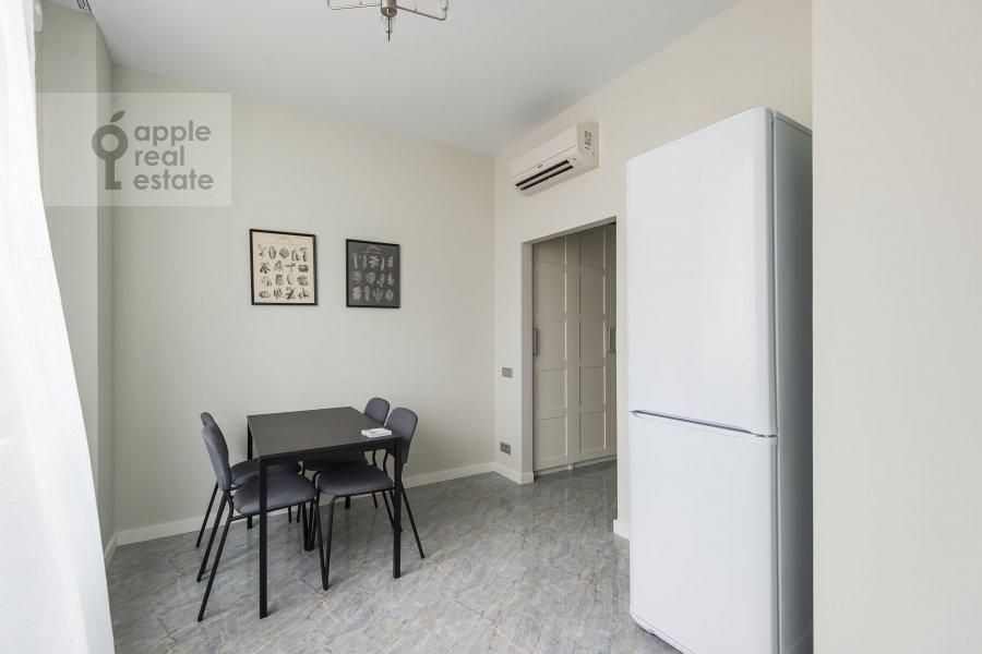 Kitchen of the 2-room apartment at Mosfil'movskaya ulitsa 88 k2 s5