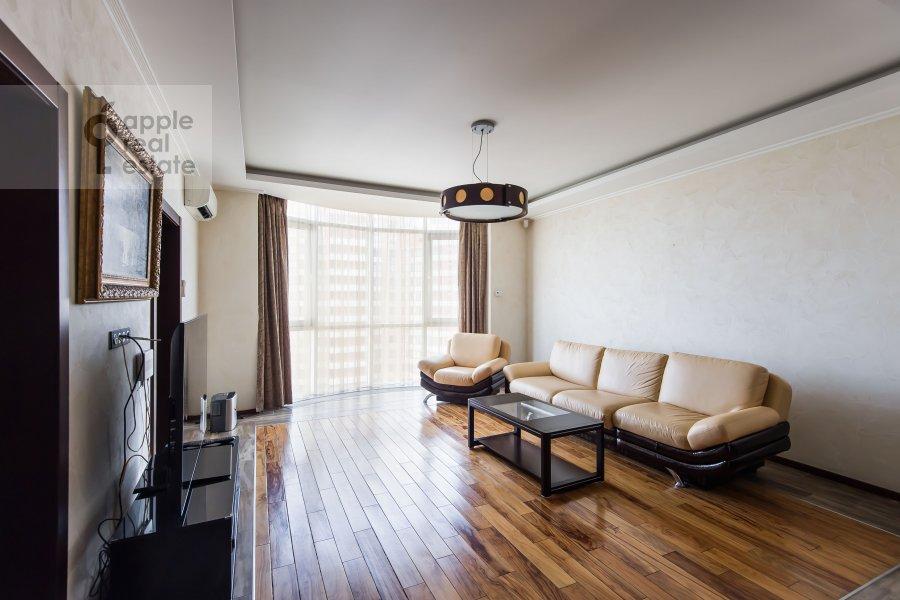 Гостиная в 2-комнатной квартире по адресу Алабяна 13к1